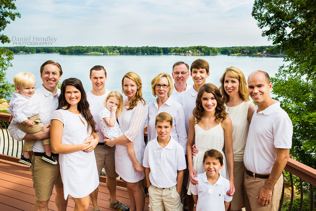 Photographer in Henderson NC - Outdoor Family Portraits